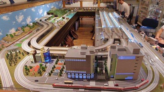 Ikeuchi Gate : 二樓火車專賣店