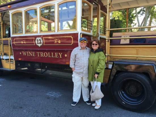 Sonoma Valley Wine Trolley: We're all set!