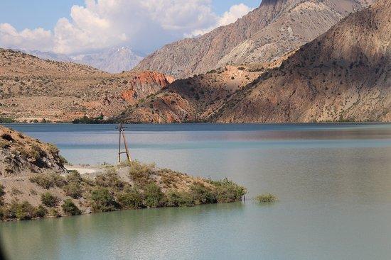Fann Mountains: Lake Iskanderkul