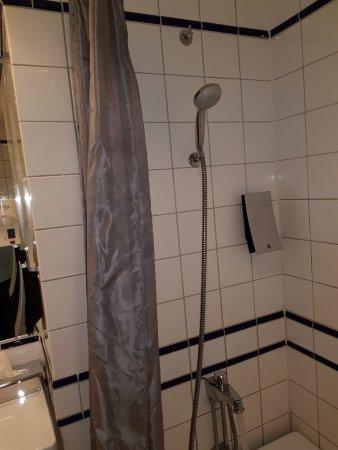 Clarion Hotel Gillet: łazienka