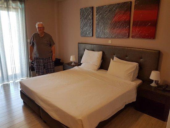 Hotel Perivoli: Inside the room