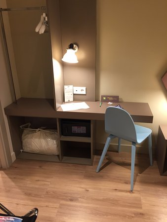Chambre double standard - Picture of Ibis Styles Barcelona Centre ...
