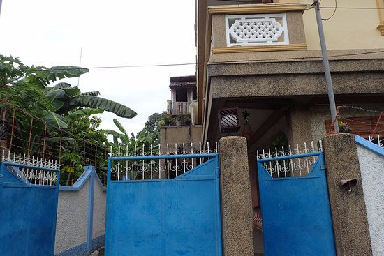 Oroquieta, Filipinas: It's a home converted to a hostel