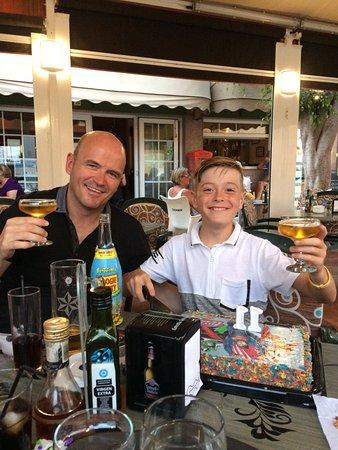 LIlly's Bar: Birthday drink!