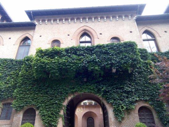 Castello San Gaudenzio: Benvenuti al Castello