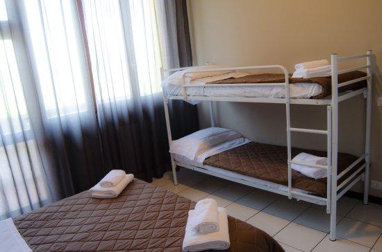 Hotel Venezia Park : camera con letto a castello