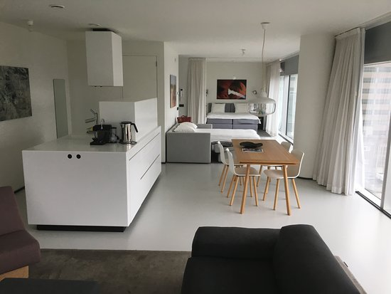 Urban Residences Rotterdam: View af the apartment
