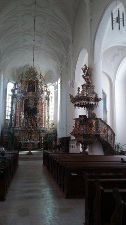 Weiden, Germany: Blick zum Altar und zur Kanzel