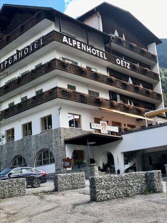 Alpenhotel Oetz Photo