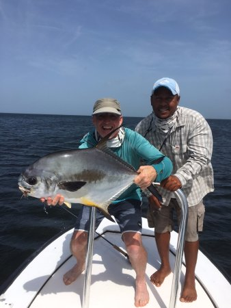 Turneffe Island, Belize: Permit with Dion Young - best permit guide!