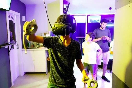 Virus- Virtual Reality