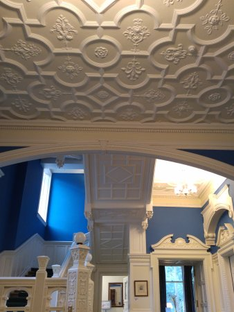 Gartmore House: Lovely period features