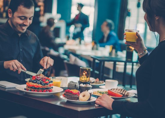 Radisson Blu Waterfront Hotel: Stor och härlig frukostbuffé