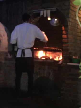 Las Tres Virgenes: BBQ Oven