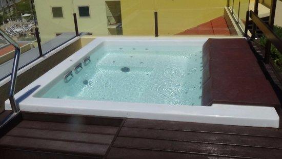 Dakterras Met Jacuzzi : Jacuzzi op dakterras picture of porto santa maria hotel funchal