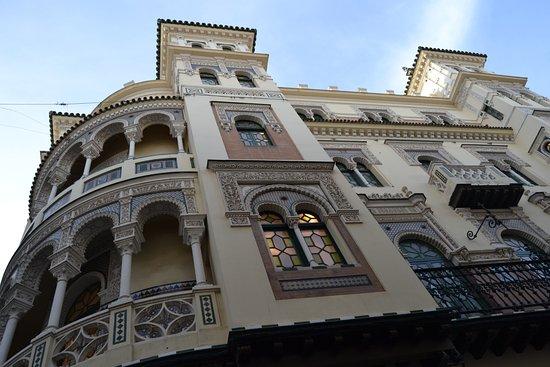 Sevilla picture of calle sierpes seville tripadvisor - Calle correduria sevilla ...