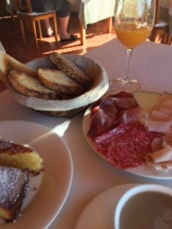 Casa Camila Hotel: Desayuno