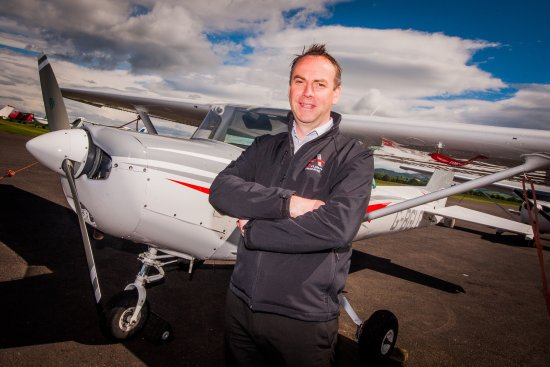 Scone, UK: Flying Lessons at Perth Airport