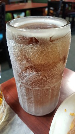 Bushnell, FL: Beer served in frozen mug