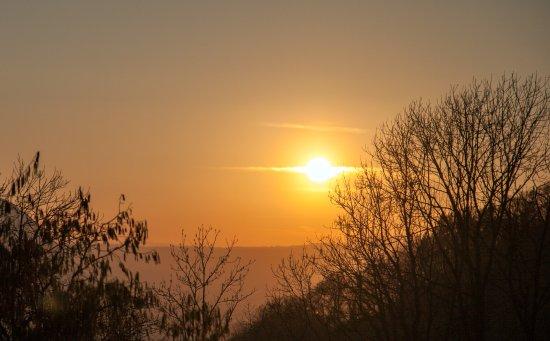 Chatillon-sur-Cluses, فرنسا: Sunset