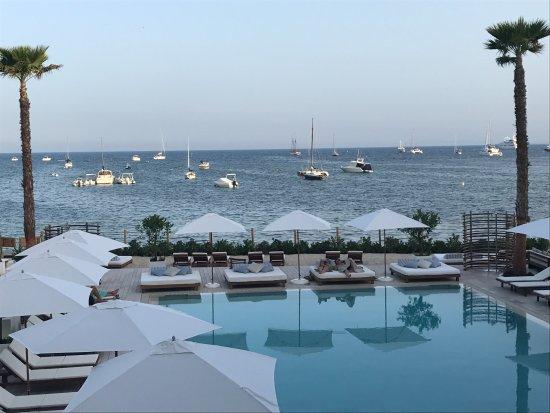 nobu hotel ibiza bay uitzicht vanuit de kamer