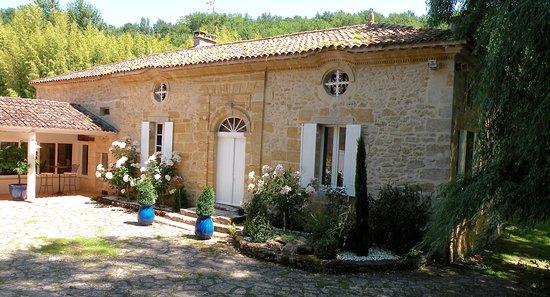 Rauzan, France : une partie du Moulin réservé aux chambres d'Hôtes