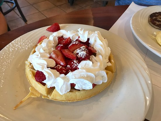 Sophia's House of Pancakes: Breakfast dishes from Sophia's