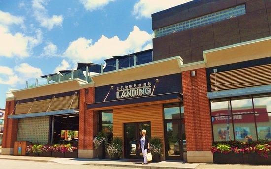 Jacksons Landing Bar Grill Hub Restaurant: Beautiful Big Restaurant With  Rooftop Patio And Bar