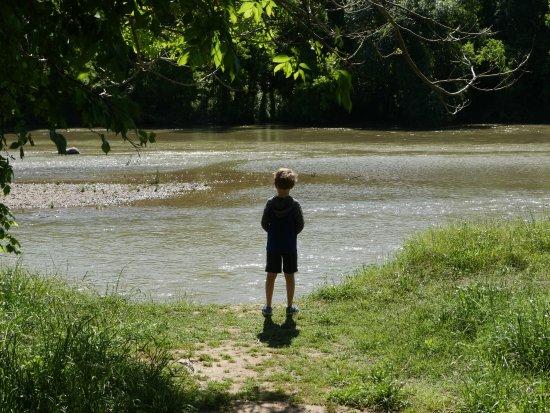 Cedar Creek, تكساس: Hiking McKinney Roughs