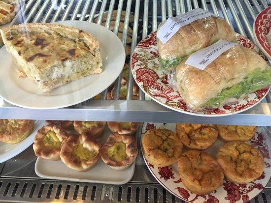 Viverone Cafe Boutique: Savory treats