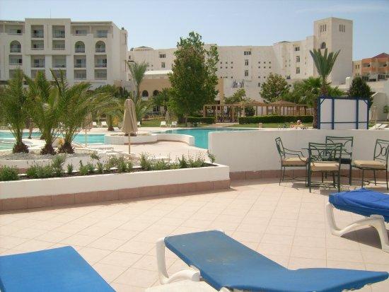 Saphir Palace & Spa : vue sur piscine