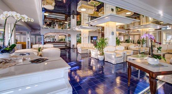 Atlantic Hotel Riccione: Hall & American Bar
