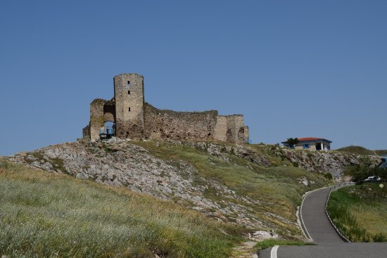 Ruins of Enisala medieval fortress.