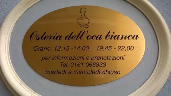 Cavaglia, Italien: ingresso, insegna