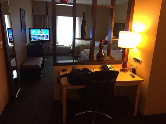 Cambria hotel & suites Photo