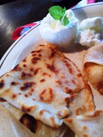 Emmaste, Estland: last piece of pancakes