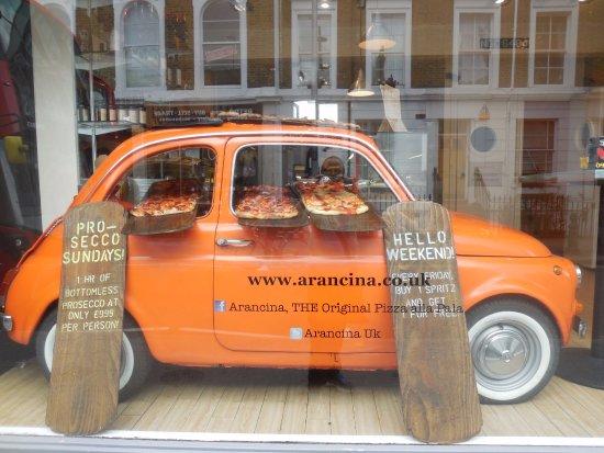 Notting Hill : la pizza est servie