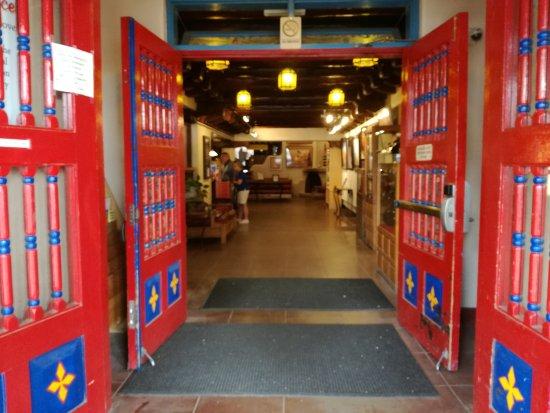 Hotel La Fonda de Taos: IMG_20170607_161729_large.jpg