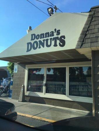 Donna's Donuts: photo0.jpg