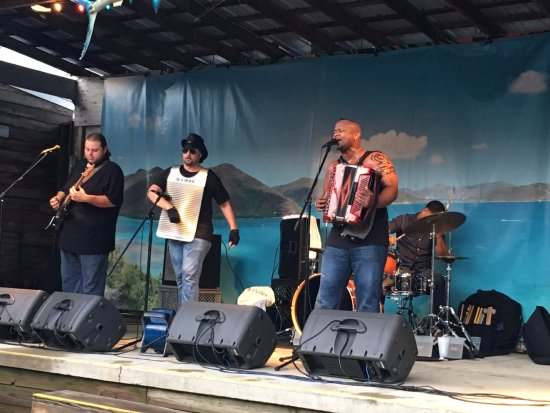 Warsaw, IN: Dwayne Dopsie and the Zydeco Hellraisers