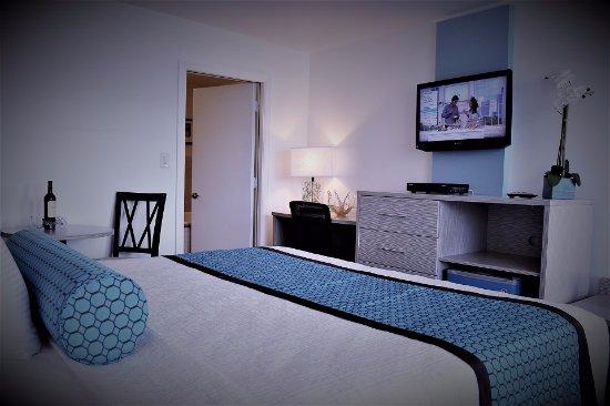 The Freeport Inn and Marina: Jacuzzi King Room