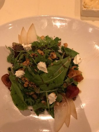 Alan Wong's Restaurant: Lobster entree and mixed salad with goat cheese