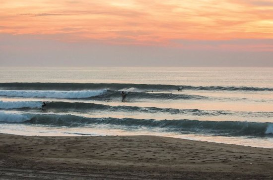 Moliets et Maa, France: Sunset surf Moliets