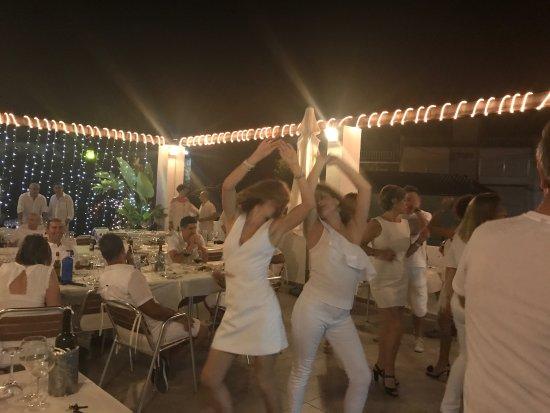 """Vall de Gallinera, Spain: Noche blanca fantástica en """"Sabors"""" La cena buenisima, y el servicio inmejorable"""