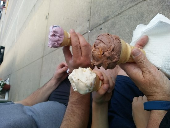 West Salem, WI: Cheese and ice cream