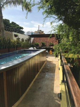 Casa de Isabella - a Kali Hotel: The pool and second floor terrace