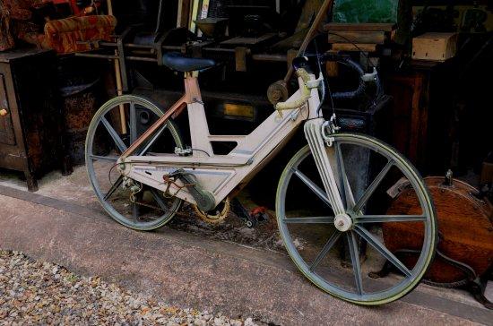 Williton, UK: Itera plastic racing cycle. Light weight it ain't.