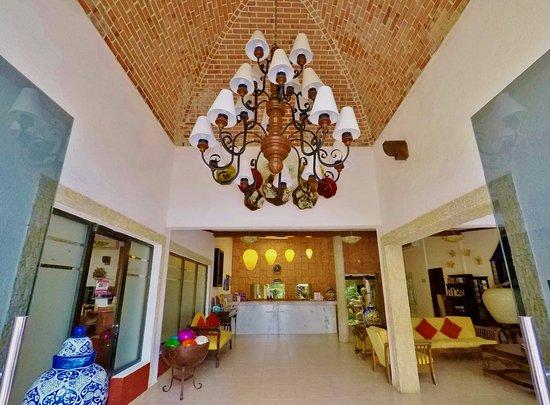 Hotel Las Golondrinas: Lobby