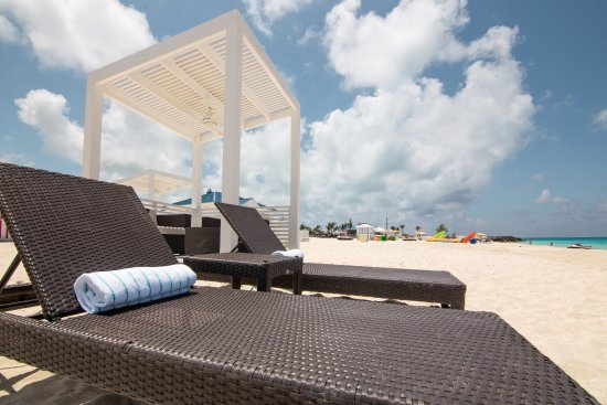 Excellent Find The Perfect Spot On Your Beach Chair And Lounge All Day Pdpeps Interior Chair Design Pdpepsorg