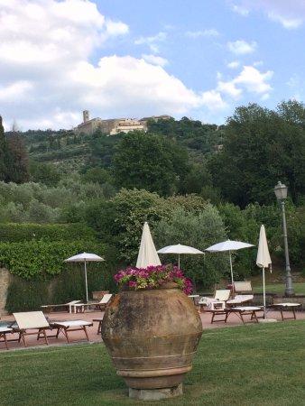 Borgo il Melone: Vista desde la pileta de Cortona